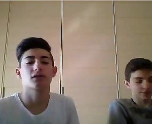 2 cute italian boys show their hot asses on webcam