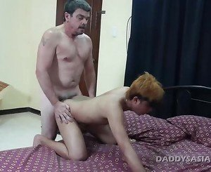 Daddy Barebacks Asian Twink Cyruz