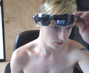 Twink Cam Boy Shoot a Big Load in his Face